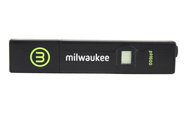 Milwaukee pH600 test for aquariums /1 0.1 pH accuracy