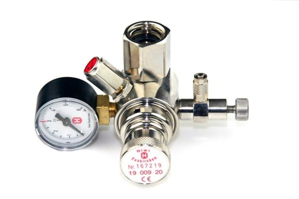 Hiwi Druckminderer CO2 Mehrweg fest verbauter Adapter z.B. für Sodastream Zylinder o.a. 1 Manometer